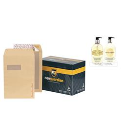 New Guardian Envelopes Heavyweight Board Backed Window Peel and Seal Manilla C4 [Pack 125] - FREE Bayliss & Harding Handwash & Lotion Set