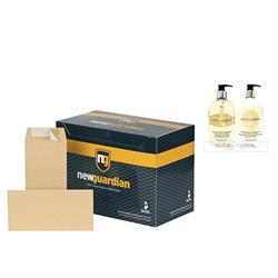 New Guardian Envelopes Heavyweight Pocket Peel and Seal Manilla DL - Pack 500 - FREE Bayliss & Harding Handwash & Lotion Set